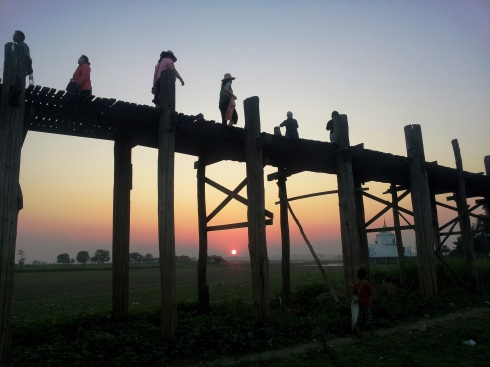 U Bein Bridge, Mandalay, teak foot bridge, Myanmar, Burma