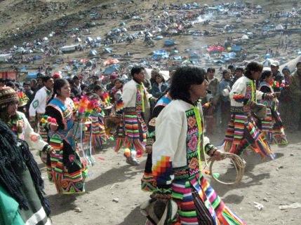 Qoyllur Rit'i, Peru, Sinakara valley, festival, dance, indigenous, whip dance